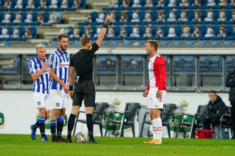 Ontroerend initiatief in Nederland: 15.000 knuffels in voetbaltribune om aandacht te vragen voor kankerpatiëntjes