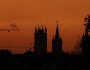 Prachtig zicht vanuit Mariakerke: de Gentse torenrij op een herfstige ochtend