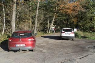 Auto's mogen niet meer parkeren aan natuurgebieden, enkel bezoekers te voet of met de fiets nog welkom