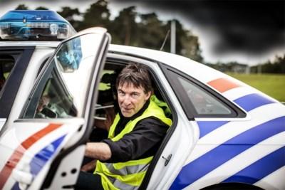 """Luk Alloo rijdt al zes jaar mee met de wegpolitie: """"Het beste moment? Dat koppeltje op de parking"""""""