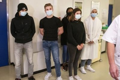 Wie niet horen wil, moet zien: bezoek aan spoedafdeling moet tieners wakker schudden