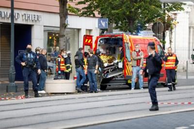 """Moslimterrorist vermoordt drie kerkbezoekers in Nice: """"Zelfs in de ziekenwagen bleef hij 'Allah akbar' roepen"""""""