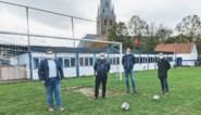 """Zonevreemde voetbalclub krijgt nieuwe thuis aan recyclagepark: """"Voortbestaan is verzekerd"""""""