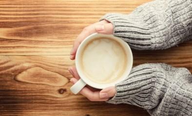Kopjes en koffiemokken waar je blijer van wordt