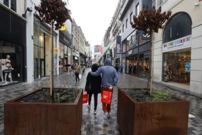 """Sommige winkeliers hopen zelfs op nieuwe lockdown """"uit ellende"""": zo erg is de situatie voor de handelaars"""