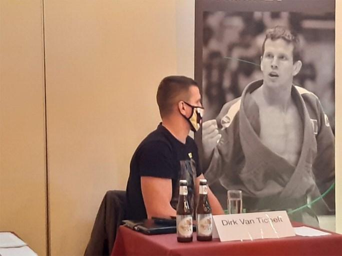 """Dirk Van Tichelt kondigt afscheid als judoka aan zoals alleen hij dat kan… met tekst van Urbanus: """"Tot in den draai"""""""