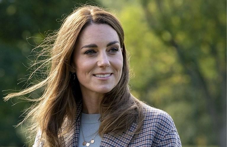 ROYALS. Noorse prinses krijgt eigen serie, prins Harry komt iets te weten