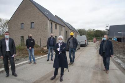 Sint zal in deze wijk geen schoorsteen vinden: afval houdt hele woonwijk warm