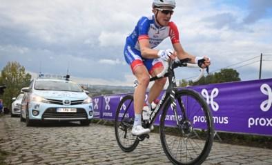 Stefan Küng is voor het eerst in zijn carrière Zwitsers kampioen na weergaloze solo