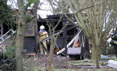 Dodelijk slachtoffer bij brand in kraakpand in Middelkerke, politie pakt twee vluchtende personen op na aanwijzen van burgemeester Jean-Marie Dedecker