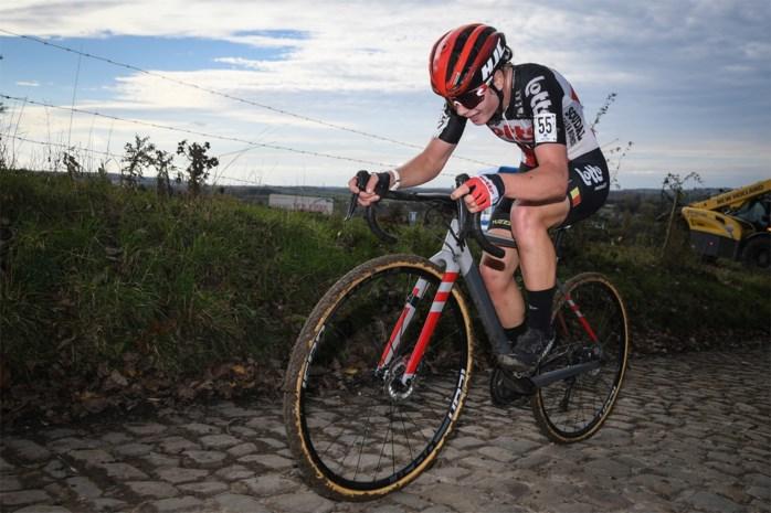 """Baan- en wegwielrenster Lotte Kopecky knap elfde en eerste Belgische in Koppenbergcross: """"De piste blijft voor mij het belangrijkste"""""""