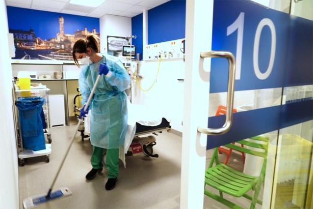 Extra Covid-bedden vrijgemaakt in UZ Gent, bezoek gelimiteerd tot één persoon per dag