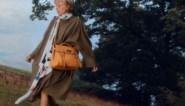 Mulberry lanceert na tien jaar opnieuw iconische Alexa-handtas