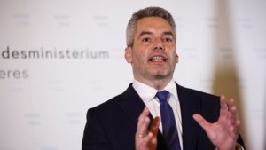 """Oostenrijk geeft opdracht tot sluiting van """"radicale moskeeën"""" na terreuraanslag Wenen"""