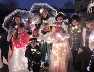 Duizenden lichtjes laten Sinterklaas voelen dat hij welkom is