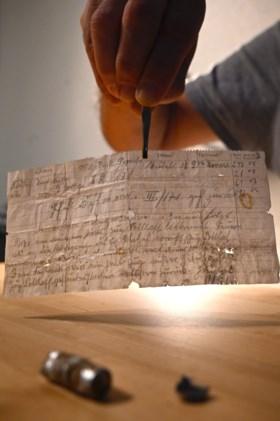 Reisduif verliest Duitse militaire boodschap, wandelaars vinden ze eeuw later in Elzas