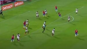 Brazilië en Uruguay winnen, maar ploegmaat van Romelu Lukaku steelt de show met de meest precieze wereldgoal ooit