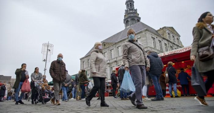 """In het spoor van Vlaamse funshoppers in Nederland: """"We voelen ons net twee kinderen die spijbelen"""""""