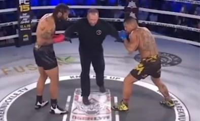Een grotere afgang bestaat niet: bokser slaat tegenstander al na drie seconden compleet KO (met z'n blote vuist)
