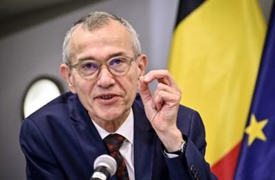 """Van versoepelen is nog geen sprake, maar Overlegcomité deed wel kleine aanpassingen: """"Extreme voorzichtigheid blijft geboden"""""""