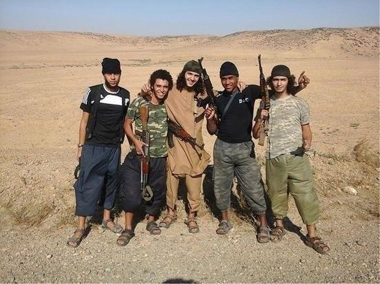 Syriëstrijder riskeert tien jaar cel voor ronselpraktijken en IS-propaganda