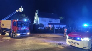 Brandweer rukt uit voor schoorsteenbrand in Linde