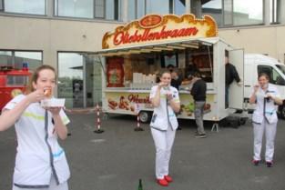"""Serviceclub houdt opmerkelijke actie voor ziekenhuismedewerkers: """"Oliebollen doen barre tijd even vergeten"""""""