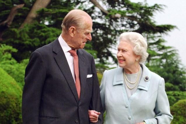 De Queen en prins Philip vieren 73ste huwelijksverjaardag