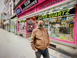 """Waarom zaakvoerder Didier 5.000 euro leegstandstaks moet betalen voor overvolle stock: """"Het is gewoon absurd"""""""