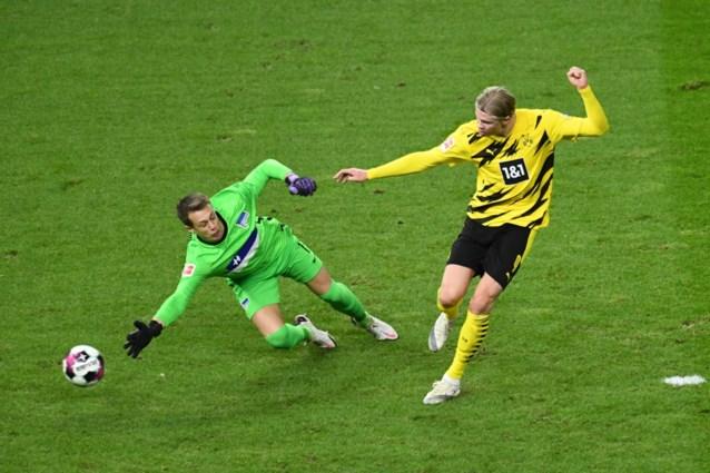 Zelfs een hattrick is te weinig: Haaland sleept Borussia Dortmund voorbij Hertha Berlijn met vier goals