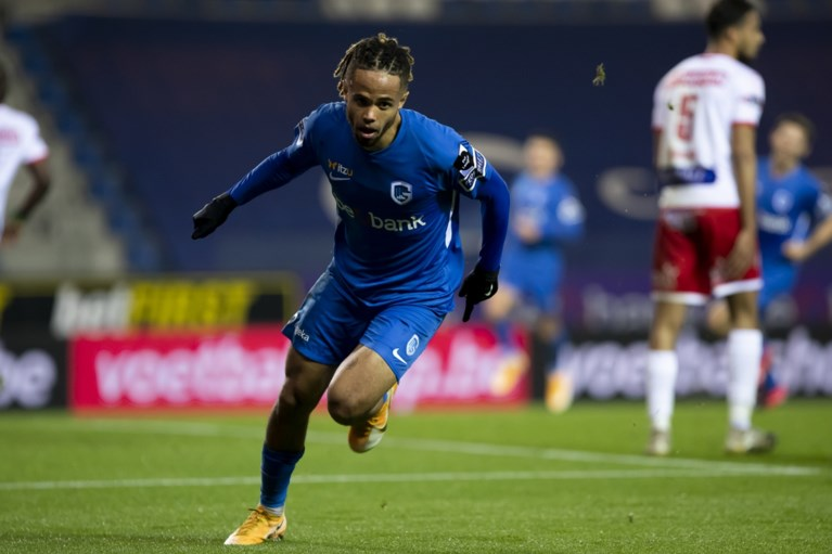 Geslaagd debuut voor Van den Brom: RC Genk zet zwakke eerste helft recht na de rust en wervelt naar ruime zege tegen Moeskroen