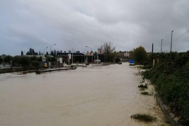 Zuid-Italië getroffen door hevige regen