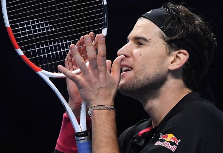 Verrassende finale op ATP Finals: Daniil Medvedev zet Rafael Nadal opzij en treft Dominic Thiem in eindstrijd