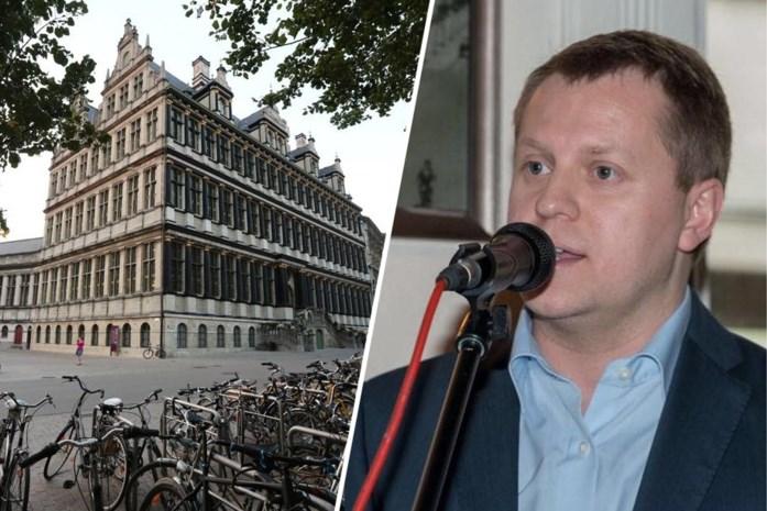 Sint-Niklase Open VLD'er gaat zittingen van Gentse gemeenteraad begeleiden