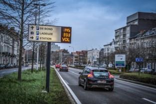 Stad vernieuwt volledig parkeergeleidingssysteem tegen eind 2021