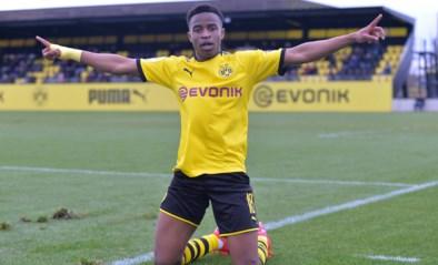 """""""Grootste talent ter wereld"""" Youssoufa Moukoko kan vanavond geschiedenis schrijven tegen Club Brugge, maar is hij wel echt 16 jaar?"""
