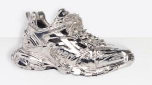 Nieuwe en peperdure sneaker van Balenciaga kun je niet eens dragen