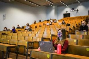 """KU Leuven organiseert opnieuw praktijklessen op de campus: """"Risico op leerverlies anders reëel"""""""