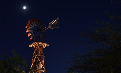 Spektakel in de ruimte: Jupiter en Saturnus doen iets wat de mens in 800 jaar niet meer kon zien