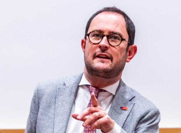 """Minister van Justitie Vincent Van Quickenborne: """"Nultolerantie en lik-op-stukbeleid voor geweld tegen politie"""""""