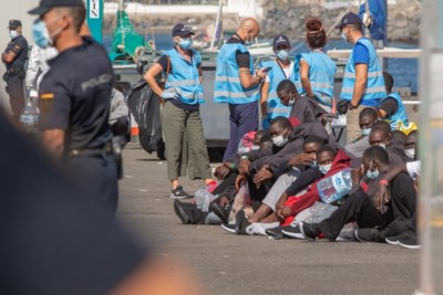 Wordt Gran Canaria het nieuwe Lesbos? Vakantie-eiland kreeg dit jaar al meer dan 20.000 migranten en vluchtelingen te slikken