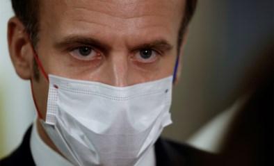 """Macron in toespraak: """"Tweede piek gepasseerd, winkels mogen zaterdag heropenen"""""""