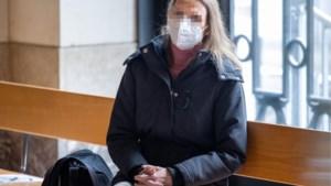"""Onverwachte diagnose op proces jeansbroekmoord: """"Alinda kent geen normale emoties en is zeer manipulatief. Ze is ziek"""""""