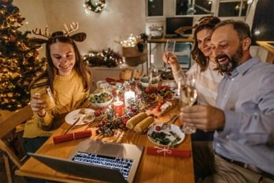"""""""Drie gezinnen samen Kerstmis laten vieren, zoals in Groot-Brittannië? No way!"""" Maar wat mogen we dan wel?"""