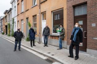 """Buren koopt huis voor vluchtelingengezin: """"We wilden een concreet antwoord bieden op de woonnood voor vluchtelingen in Gent"""""""