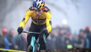 """Wout van Aert over zijn terugkeer in Kortrijk: """"Ik blijf niet in het veld om gewoon mee te rijden, ik wil winnen"""""""