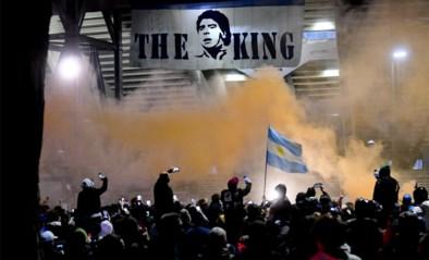 IN BEELD. Diego Maradona krijgt passend eerbetoon voor Europese wedstrijd van ex-club Napoli