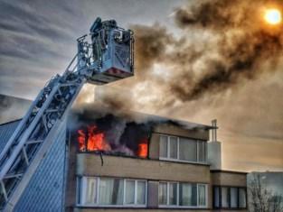 Vrouw die eigen appartement in brand stak krijgt 37 maanden cel
