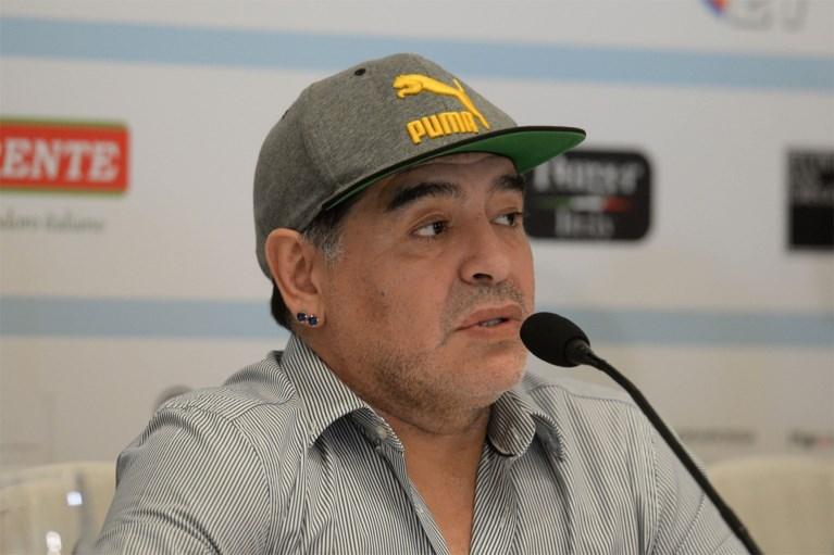 """Komt er een onderzoek naar de dood van Diego Maradona? """"Hij werd 12 uur lang alleen gelaten"""""""