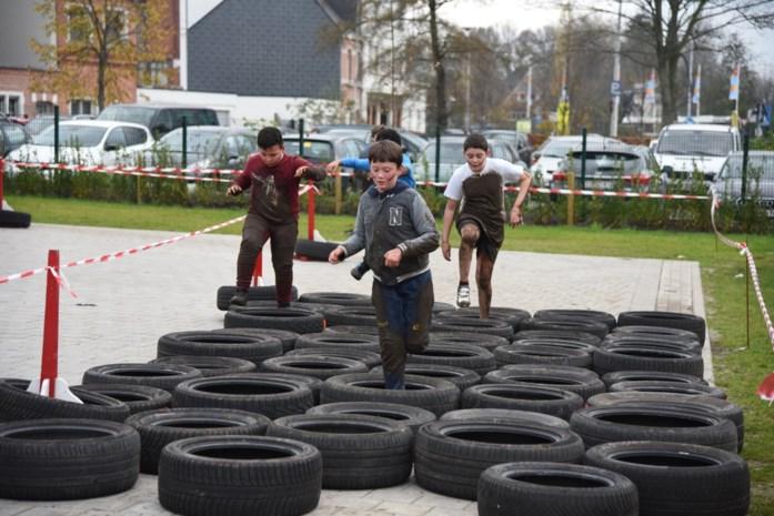 Leerlingen leggen hindernissenparcours af voor goed doel